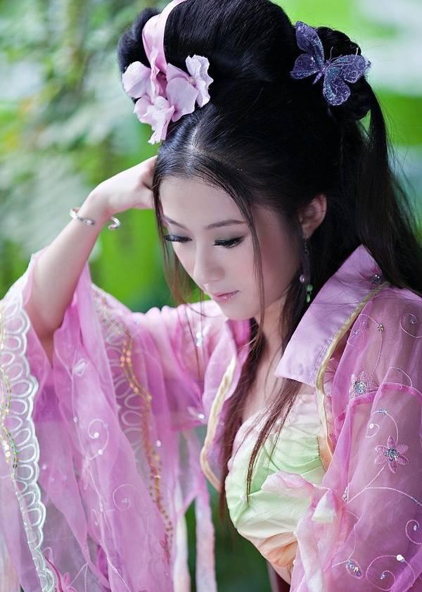 粉嫩娇艳古装美女(6张)