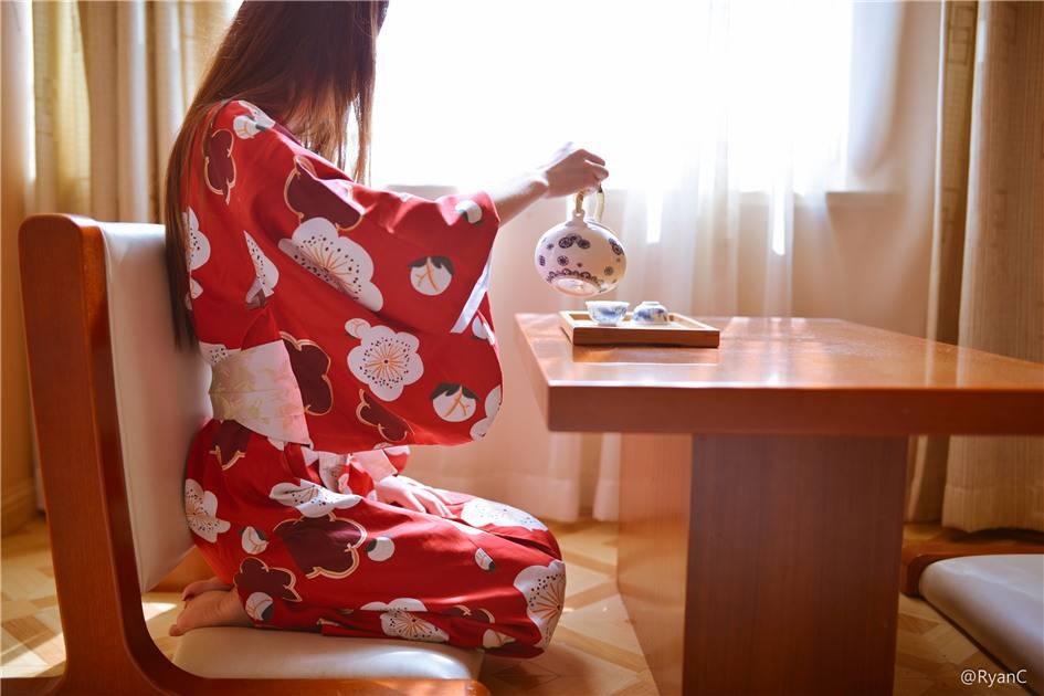 微博福利萌兰酱 - 日式和服写真(33张)